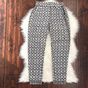 🌿4 x $20 Blaque Label Printed Pants